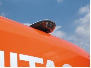 後方監視カメラ搭載油圧ショベル